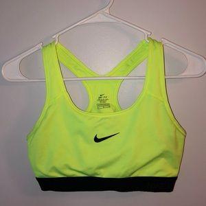 Women's Nike Pro sports bra